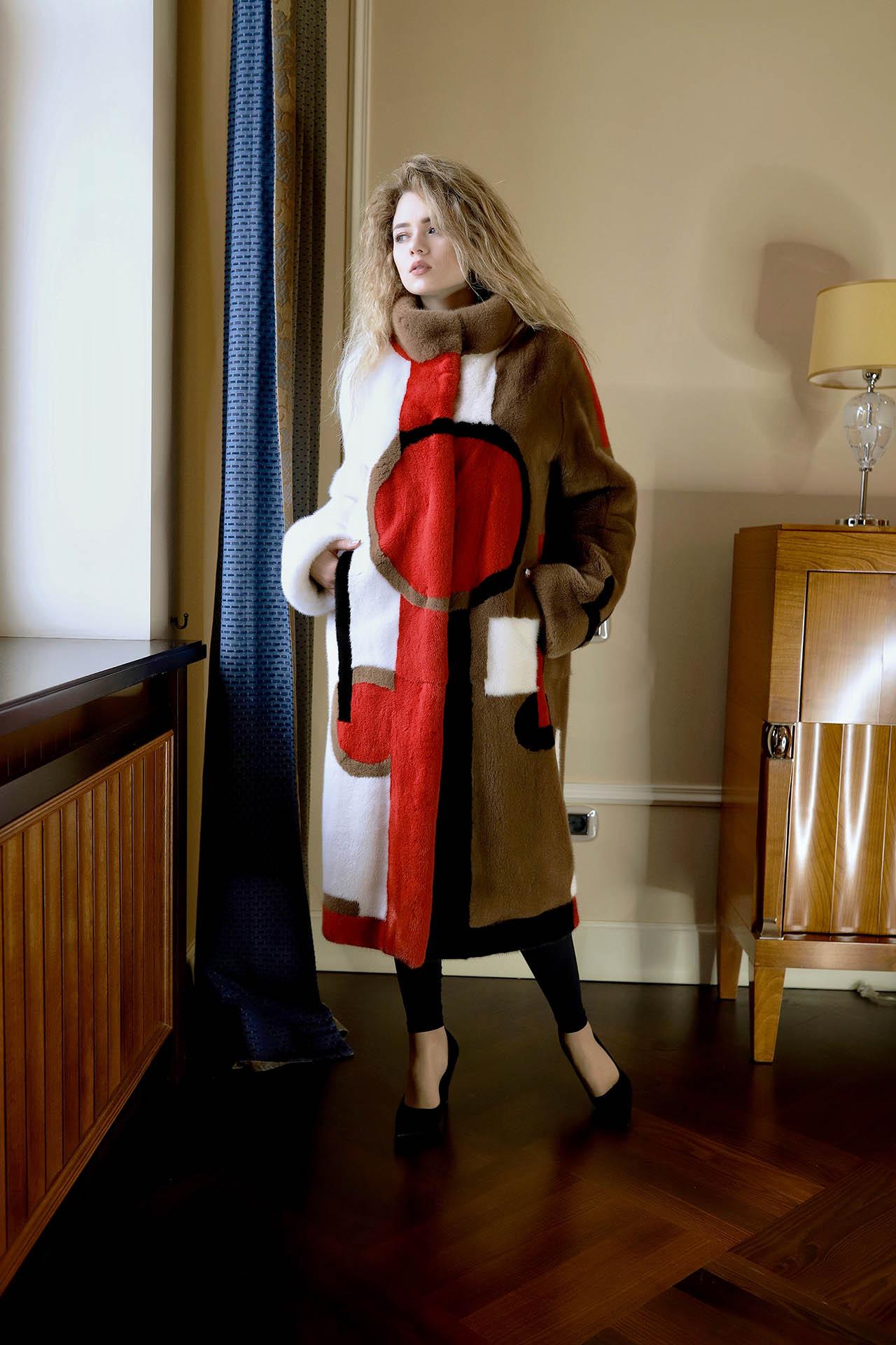 Шуба из канадской норки Luxor, принт от Dior 800